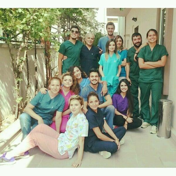 รูปภาพถ่ายที่ VTM - Hayvan Hastanesi โดย ÖzGe K. เมื่อ 8/5/2016