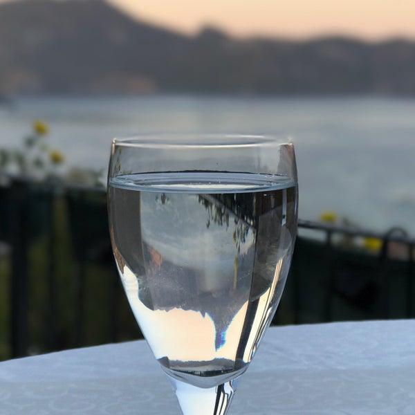 รูปภาพถ่ายที่ Swan Lake Boutique Hotel & Restaurant โดย Mehmet G. เมื่อ 7/30/2017