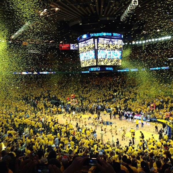 รูปภาพถ่ายที่ Oakland Arena โดย Vinh L. เมื่อ 4/29/2013