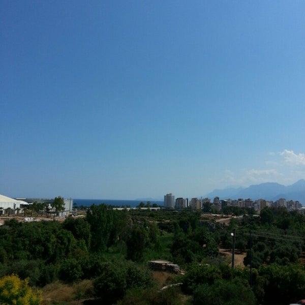 Снимок сделан в Antalya Migros AVM пользователем Ahmet Ç. 6/16/2013