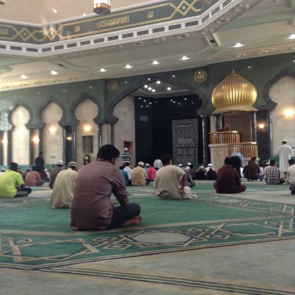 11/21/2014 tarihinde hikari99eightziyaretçi tarafından Masjid Al-Ameerah Al-Hajjah Maryam, Kg Jerudong'de çekilen fotoğraf