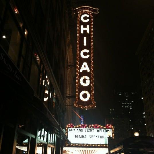10/18/2012에 Shanna Q.님이 The Chicago Theatre에서 찍은 사진