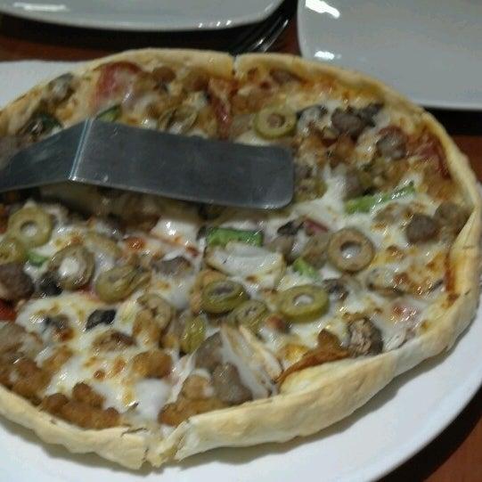 Photos At Pizza Hut La Victoria La Victoria Lima