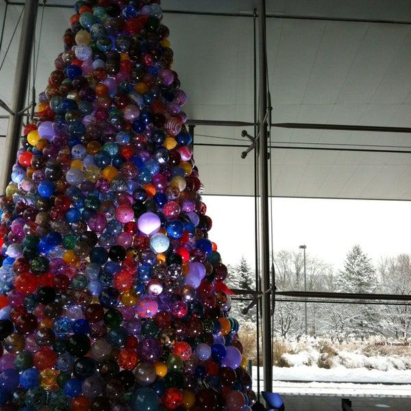 Photo prise au Corning Museum of Glass par Maite M. le12/29/2012