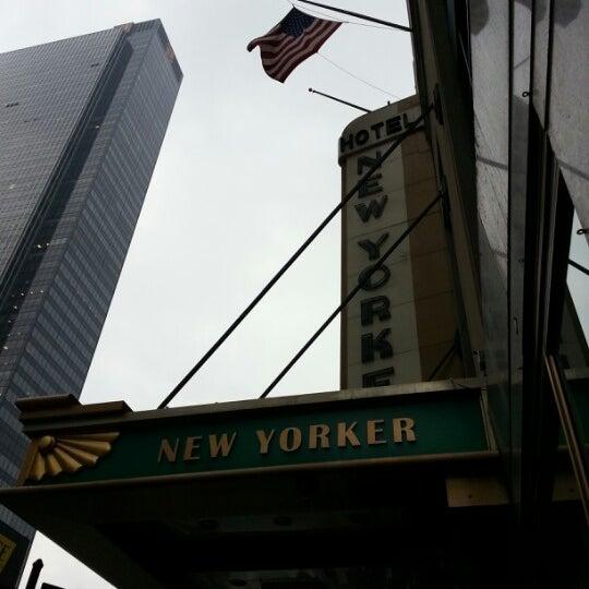 Foto diambil di Wyndham New Yorker oleh Kevin M. pada 12/4/2012