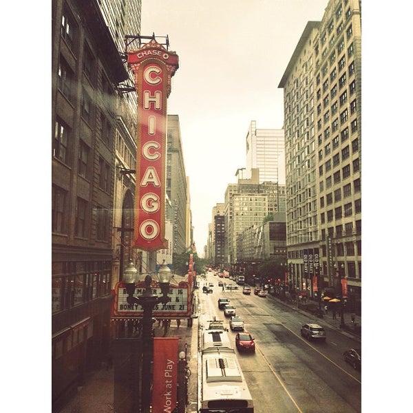 5/30/2013에 Marlee S.님이 The Chicago Theatre에서 찍은 사진