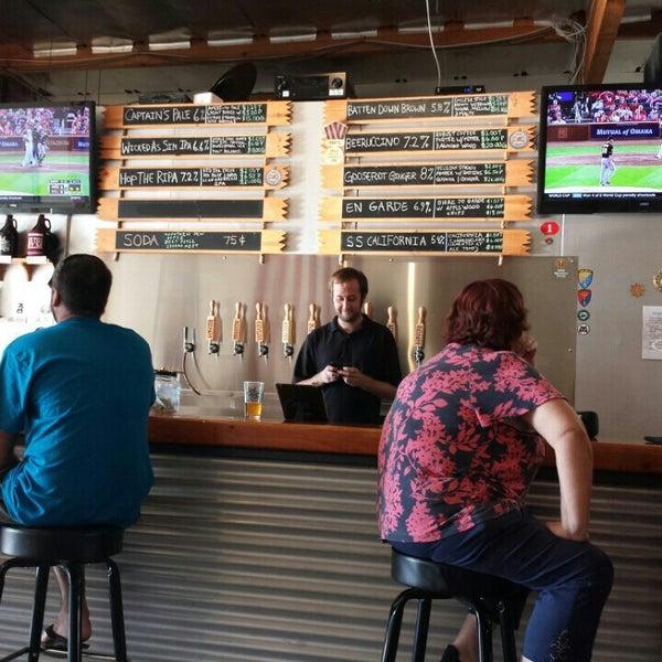 Foto diambil di Helm's Brewing Co. oleh Robert S. pada 7/10/2014