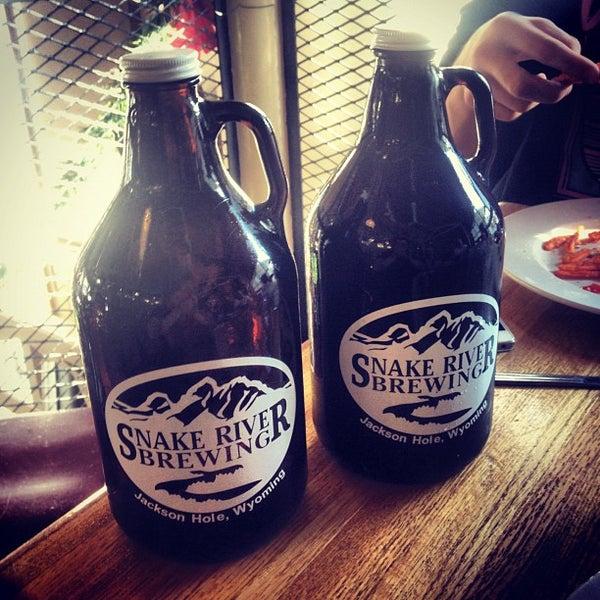 Das Foto wurde bei Snake River Brewery & Restaurant von Nick G. am 12/28/2012 aufgenommen