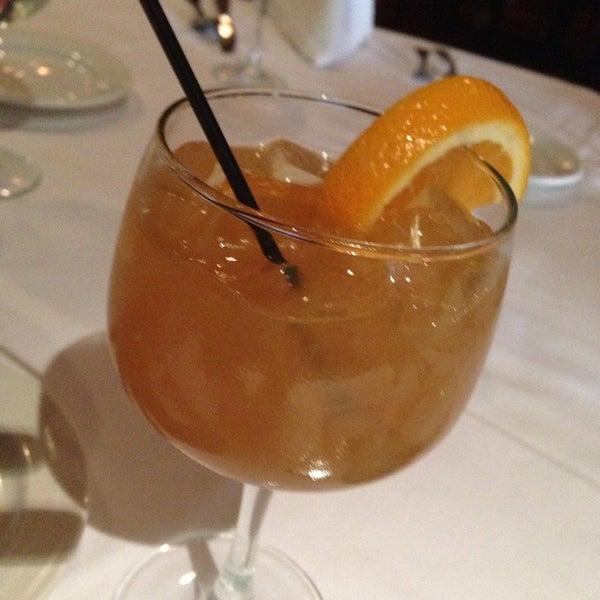 6/2/2014にStacy F.がBello Restaurantで撮った写真