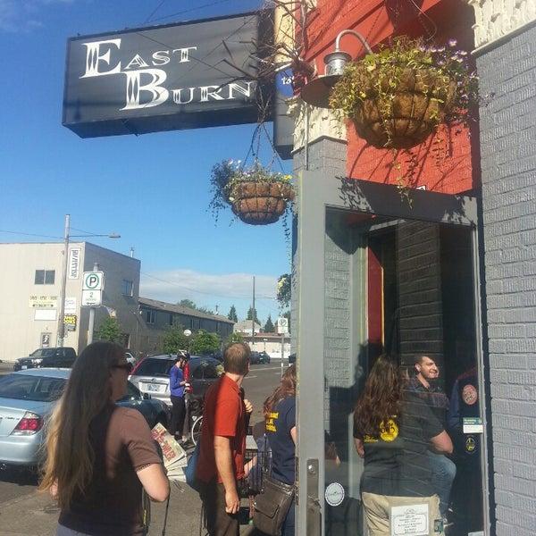 Das Foto wurde bei EastBurn von Will O. am 6/8/2013 aufgenommen