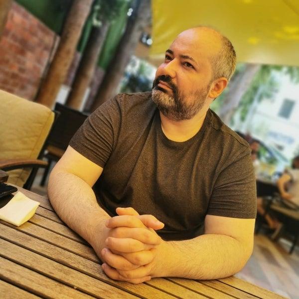 Das Foto wurde bei Limoon Café & Restaurant von Engür M. am 7/24/2020 aufgenommen