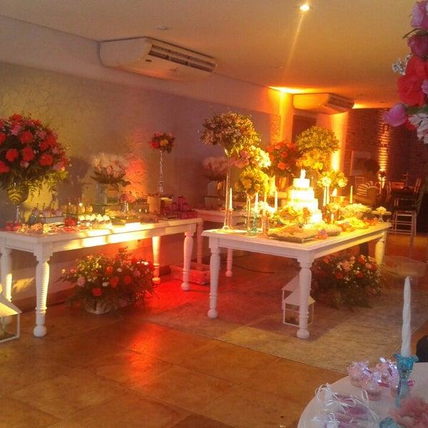 8/10/2014 tarihinde Leilane M.ziyaretçi tarafından Limone Restaurante e Café'de çekilen fotoğraf