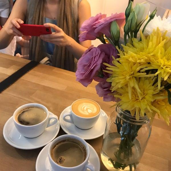 3/17/2019にSheep C.がNylon Coffee Roastersで撮った写真
