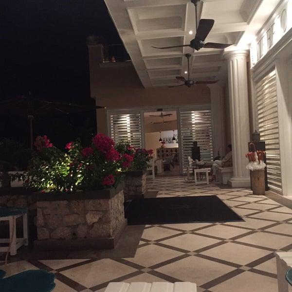 Снимок сделан в Capri Tiberio Palace пользователем . 9/19/2016