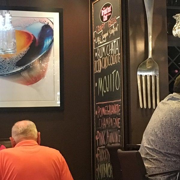 8/6/2016 tarihinde Brad L.ziyaretçi tarafından The Breakfast Club & Grill'de çekilen fotoğraf