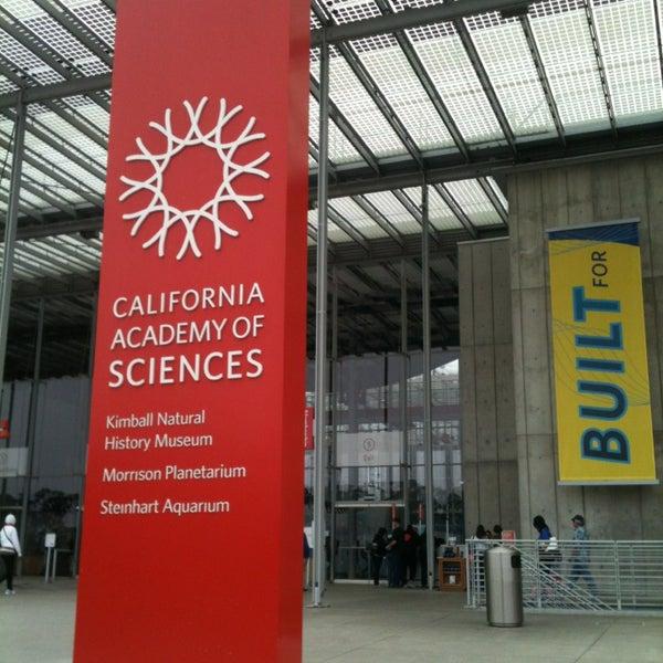 รูปภาพถ่ายที่ California Academy of Sciences โดย Max맥스 L. เมื่อ 7/19/2013
