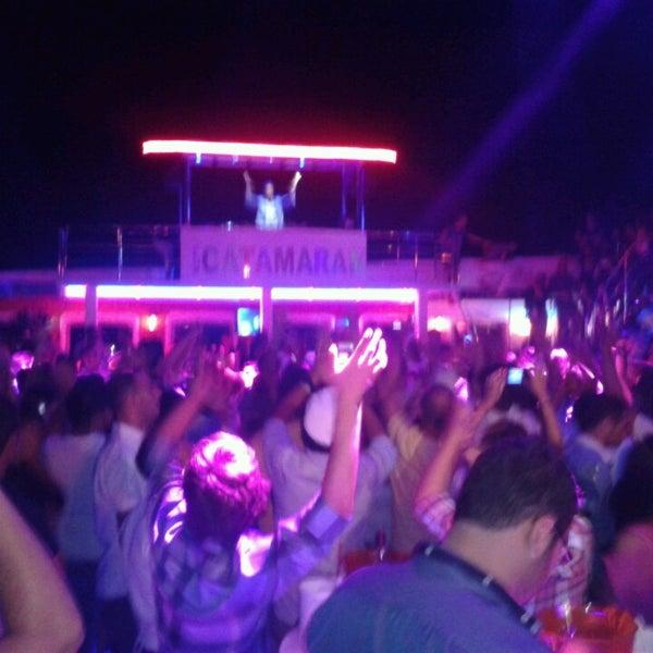 Foto scattata a Club Catamaran da Müş D. il 7/2/2013