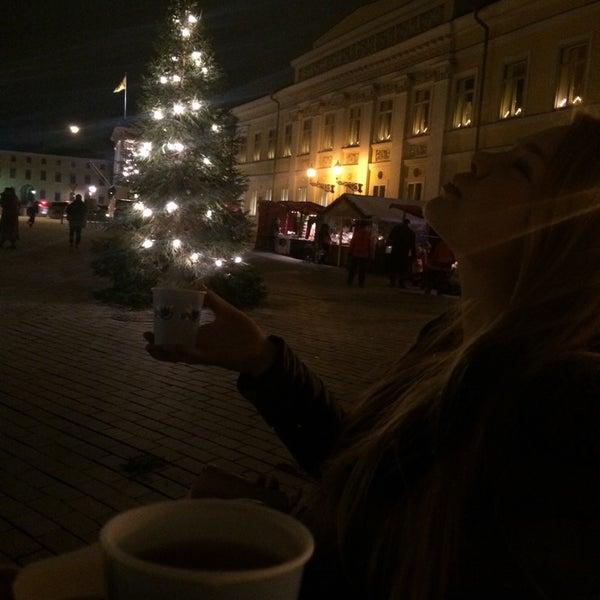 Foto scattata a Vanhan Suurtorin Joulumarkkinat da Elli R. il 11/30/2014