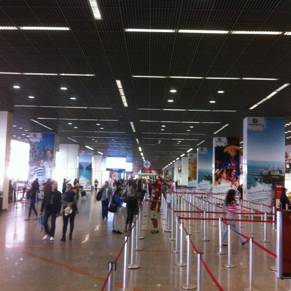 Foto tomada en Aeropuerto Internacional de Brasilia Presidente Juscelino Kubitschek (BSB) por Matthew H. el 6/10/2013