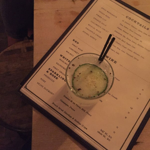 Snag the big table in the back by the bar and a cucumber gimlet. Great for casual dates and drinks with coworkers.
