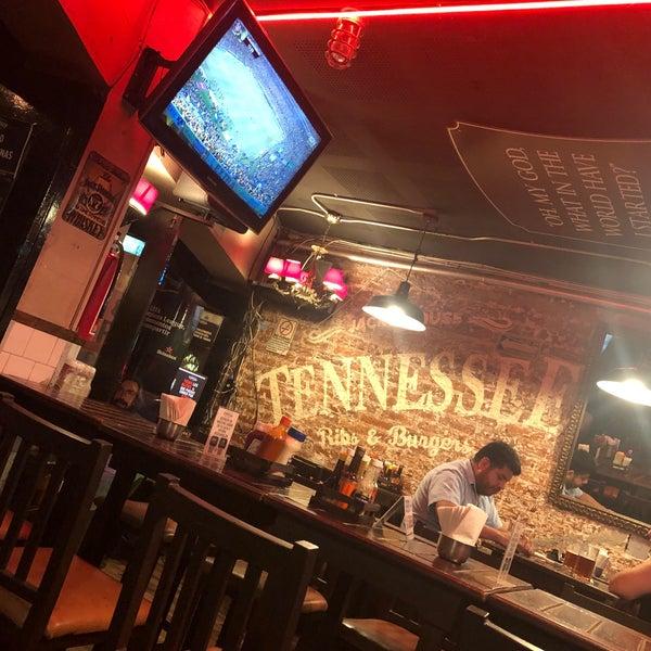Foto diambil di Tennessee Ribs & Burgers oleh Denovland A. pada 5/24/2019