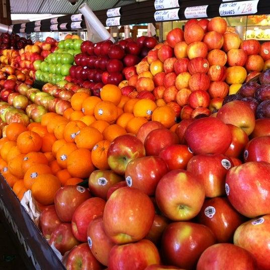 Das Foto wurde bei The Original Farmers Market von Jenni K. am 10/1/2012 aufgenommen
