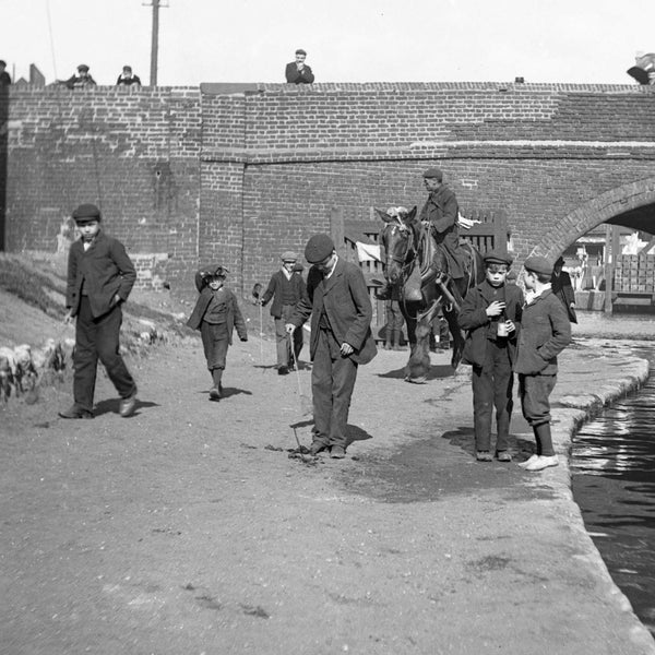 See the exhibition The Fabulous Photos of Mr. Beal until 7th August - amazing Edwardian pictures of people at work and play on the canal in London.