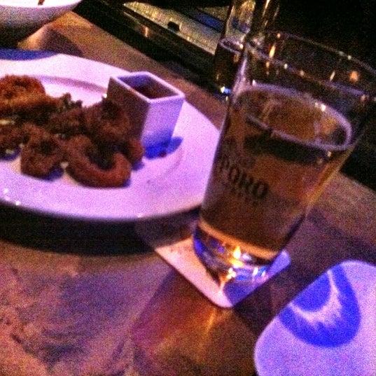 Photo prise au HaChi Restaurant & Lounge par Richard B. le12/24/2012