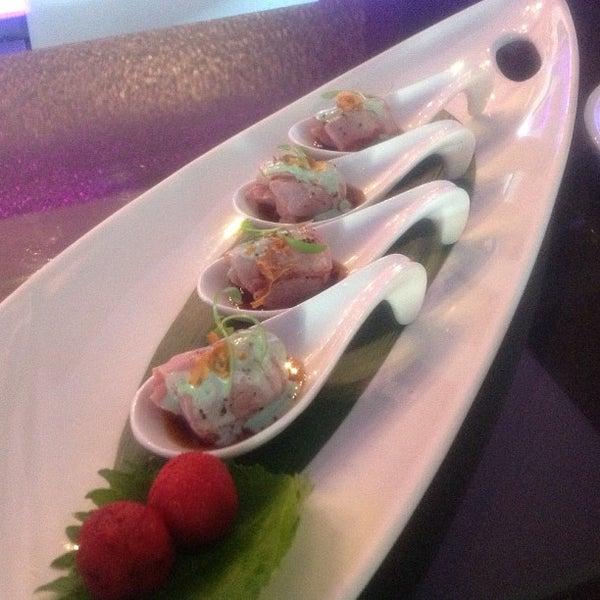 Снимок сделан в Nisen Sushi пользователем Richard B. 7/5/2013