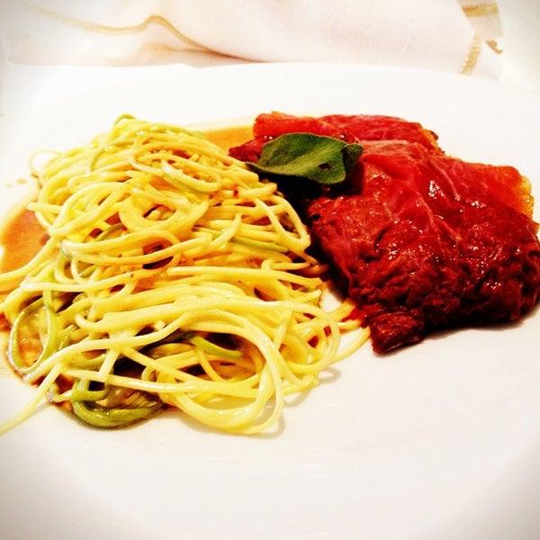 Foto tirada no(a) MIMO Restaurante por Daguito R. em 3/14/2013
