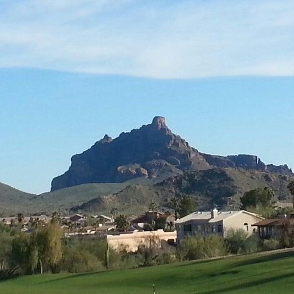 Das Foto wurde bei Desert Canyon Golf Club von Frankie A. am 3/2/2013 aufgenommen