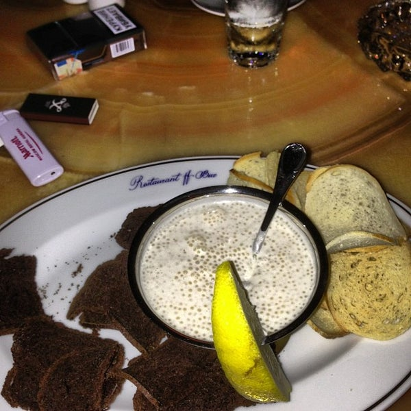 Foto tomada en FF Restaurant & Bar por Pasha F. el 6/8/2013