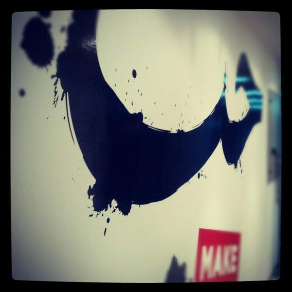 รูปภาพถ่ายที่ MAKE Business Hub โดย Sachin M. เมื่อ 8/23/2012