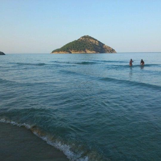 Paradise Beach: Παράδεισος (Paradise Beach)