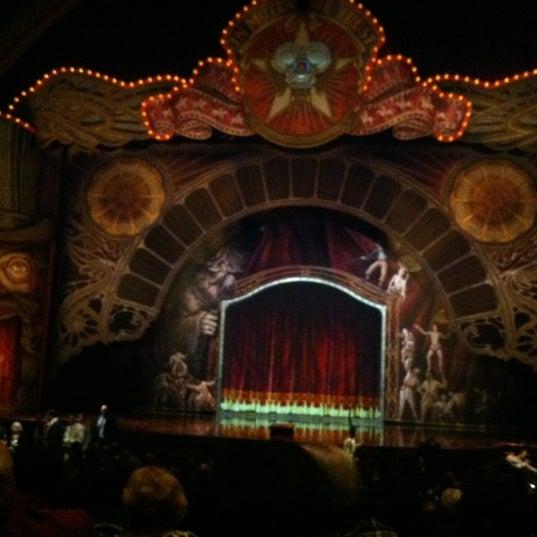 Foto diambil di Dolby Theatre oleh Maura R. pada 12/9/2012