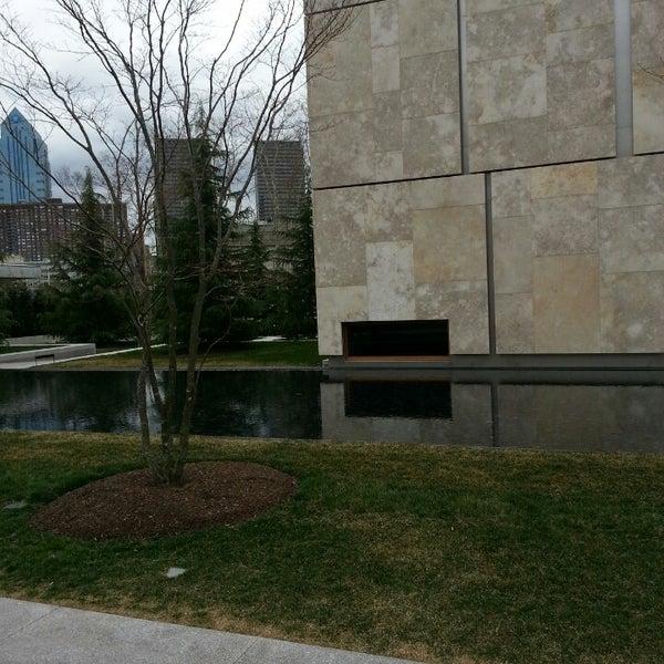 3/28/2013 tarihinde Gee H.ziyaretçi tarafından The Barnes Foundation'de çekilen fotoğraf