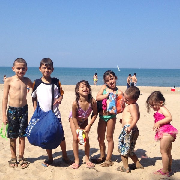Photos at Wilmette Beach - 2 tips from 241 visitors