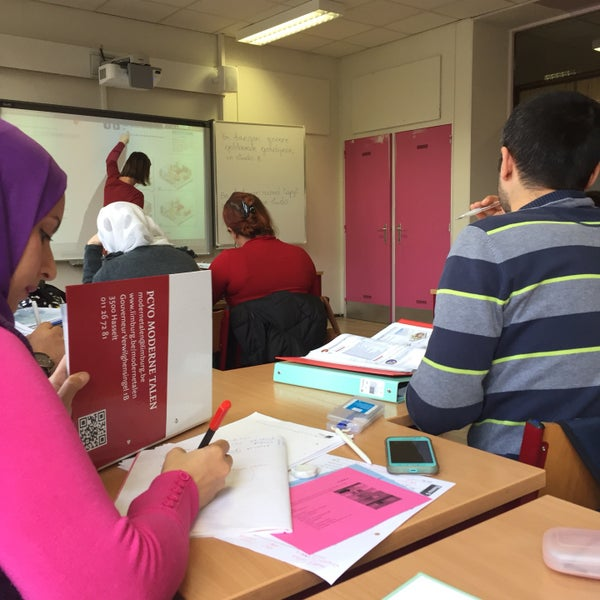 photos at taxandria cvo turnhout campus nt2 - school in turnhout