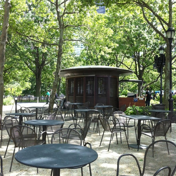 Photo prise au Table Green Kiosks par Eric T. le6/8/2013