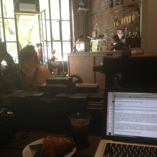 6/23/2013にHeike B.がTaszo Espresso Barで撮った写真