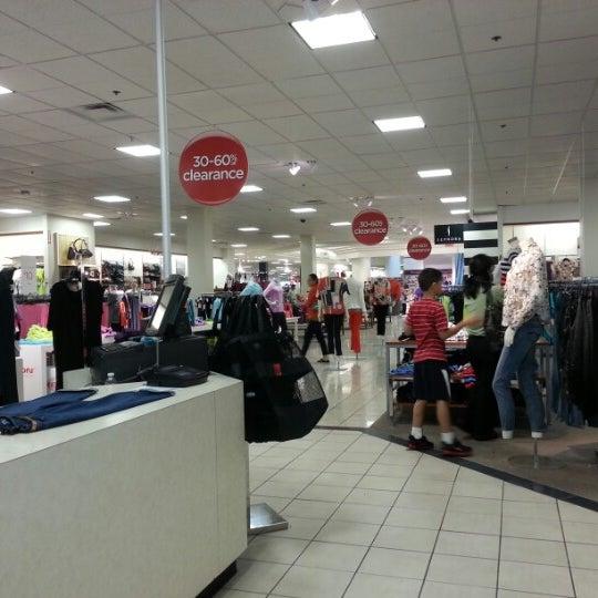 Department Store In Bloomingdale Ridge