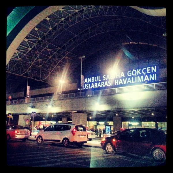 Снимок сделан в Аэропорт Стамбул им. Сабихи Гёкчен (SAW) пользователем Elif U. 11/6/2013