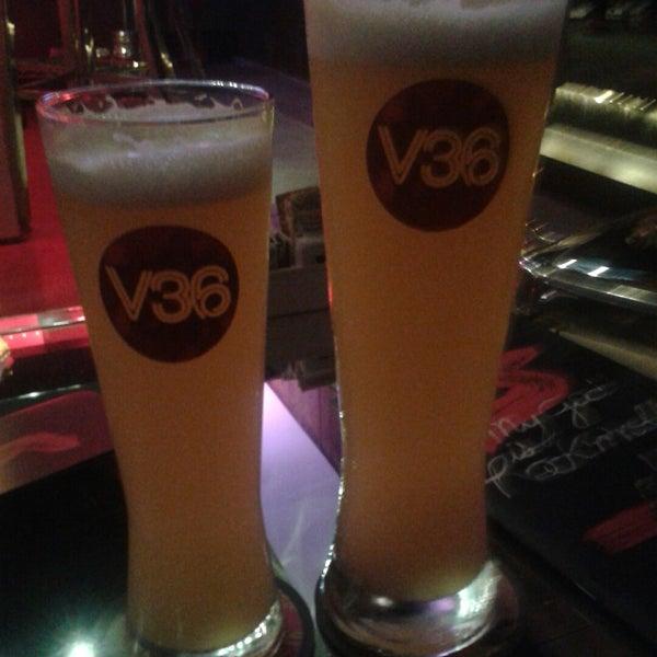 Foto tirada no(a) Velvet36 Rock'n Roll Bar por Geovanka P. em 11/6/2014