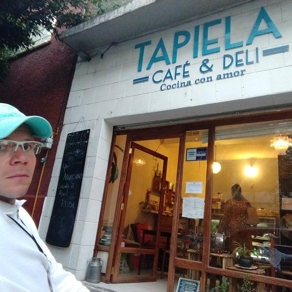 Foto tomada en Tapiela cocina con amor por Arturo T. el 4/21/2018