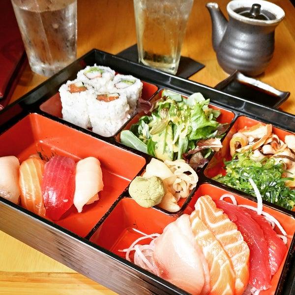 Das Foto wurde bei Mura Japanese Restaurant von Luciana C. am 10/20/2018 aufgenommen
