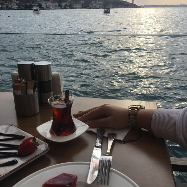 Foto diambil di İnci Bosphorus oleh Şura Anbarkaya pada 11/4/2019