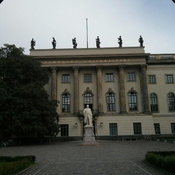 9/14/2013에 Tony K.님이 Humboldt-Universität zu Berlin에서 찍은 사진