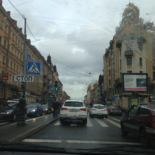 Снимок сделан в Сенная площадь пользователем Ekaterina K. 6/11/2013