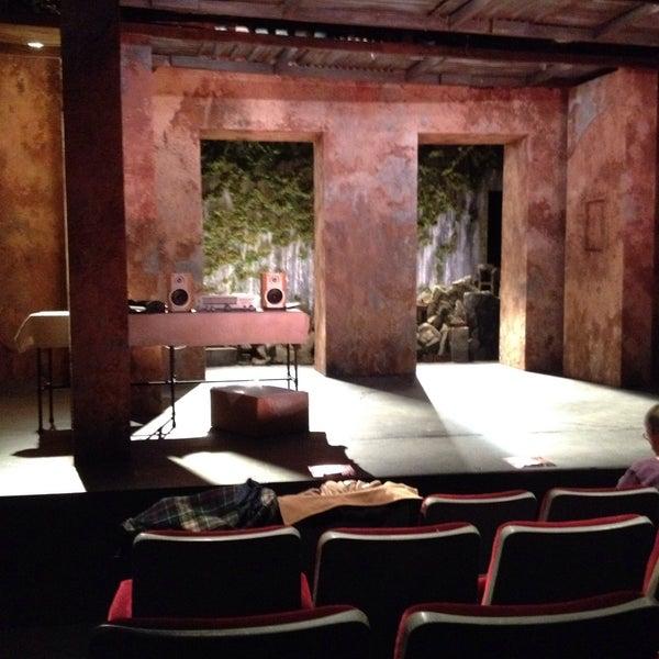 5/7/2017にJoe M.がRattlestick Playwrights Theaterで撮った写真