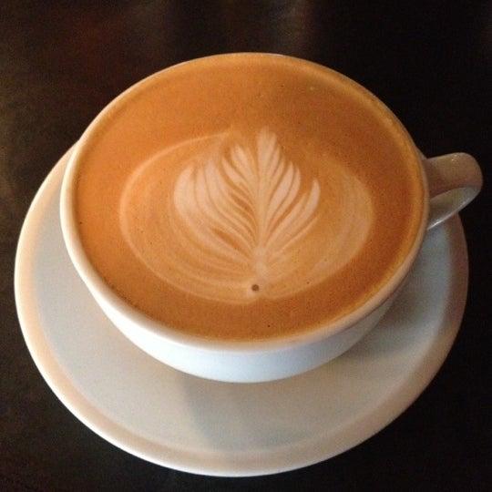 11/25/2012にNicholas W.がLenox Coffeeで撮った写真